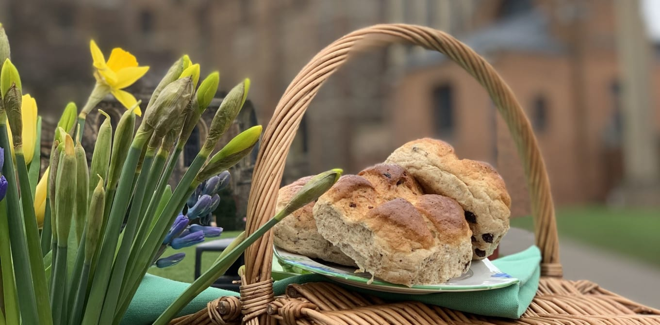 The Alban Bun returns to St Albans Cathedral
