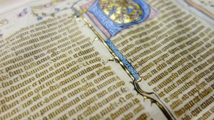 Explore A Digital Medieval Library